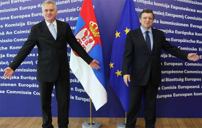 Представители Сербии и ЕС