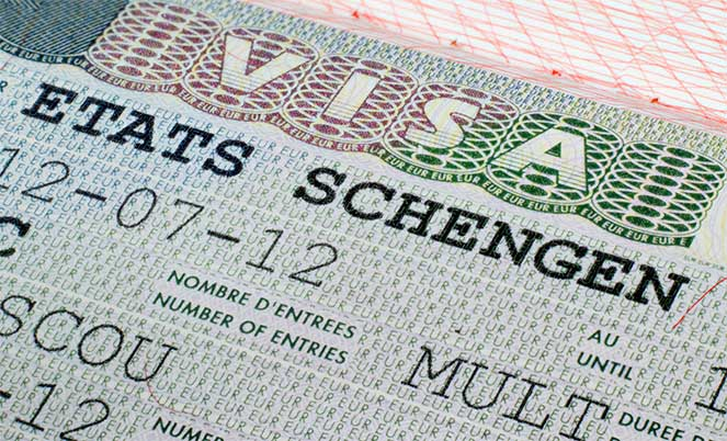 Шенгенская виза для крымчан: сложно, но возможно