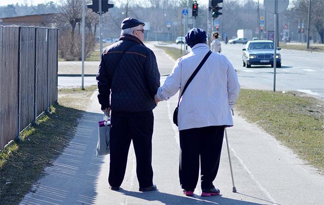Пенсионеры в Латвии