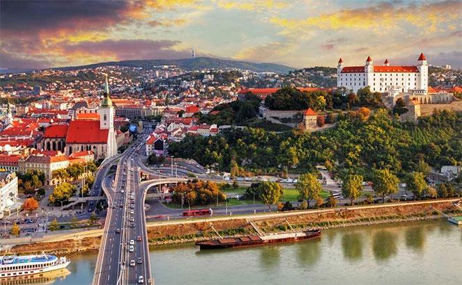 Иммиграция в словакию 2019 год студенческий внж в словакии купить евро