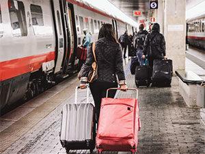 Поездка на поезде в Италии