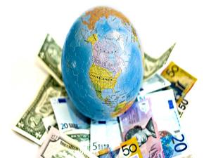 Россияне стали чаще открывать счета в зарубежных банках