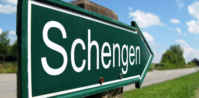 Какие европейские территории объединяет Шенгенская зона в  2018  году